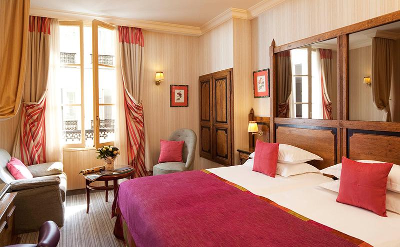 Les chambres h tel au manoir st germain des pr s site - Hotel paris chambre 4 personnes ...